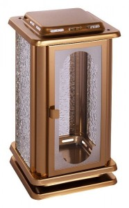 Code: 01a5 Measures in cm: 22 x 11,5 x 11,5 Surface: bronze